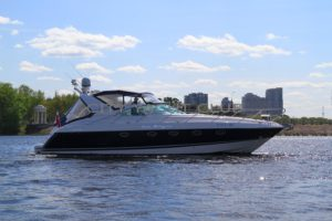 Fairline Targa 43 2003 г. 700 м/ч
